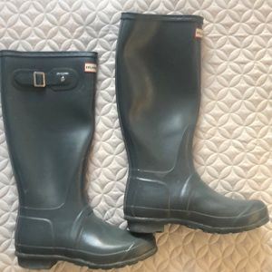 Hunter original gloss tall boots size 6